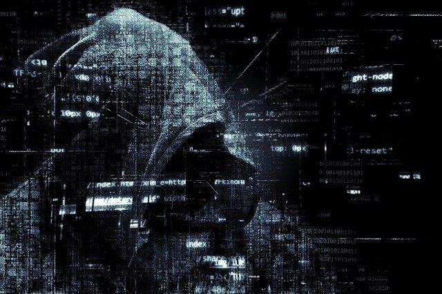 ما هى الجرائم الإلكترونية ؟ انواعها ؟ كيف تتم وطرق مواجهتها
